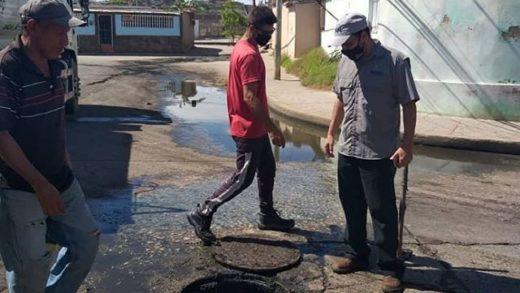 Realizan limpieza integral de cloacas y drenajes en el municipio Maneiro