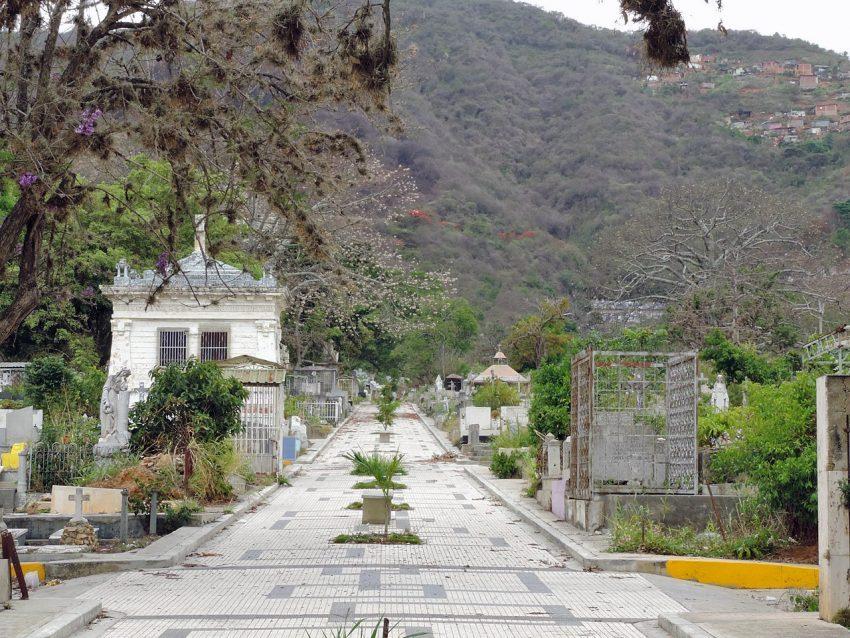 enfrentamiento Cementerio General del Sur