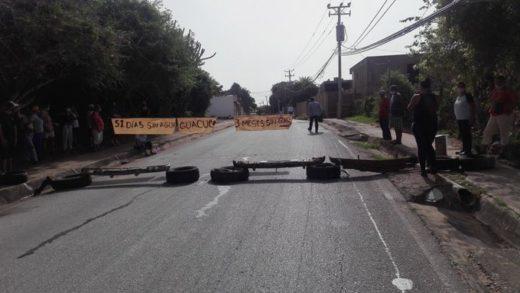 Habitantes de Guacuco protestan por la falta de agua y gas