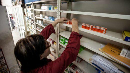 Colegio de Farmacéuticos Nueva Esparta: «Enfermos dudan entre comida y medicina»