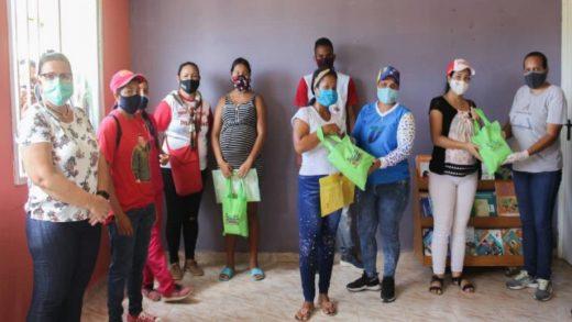 Alcaldía de Mariño llevó asistencia médica a familias porlamarenses