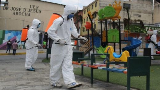 Realizan jornadas de limpieza y desinfección en planteles educativos