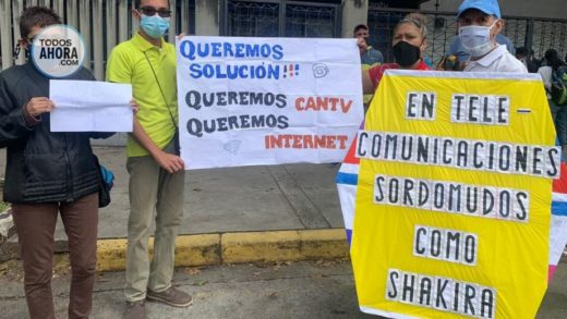 Caraqueños protestaron frente a Cantv por continuas fallas de internet