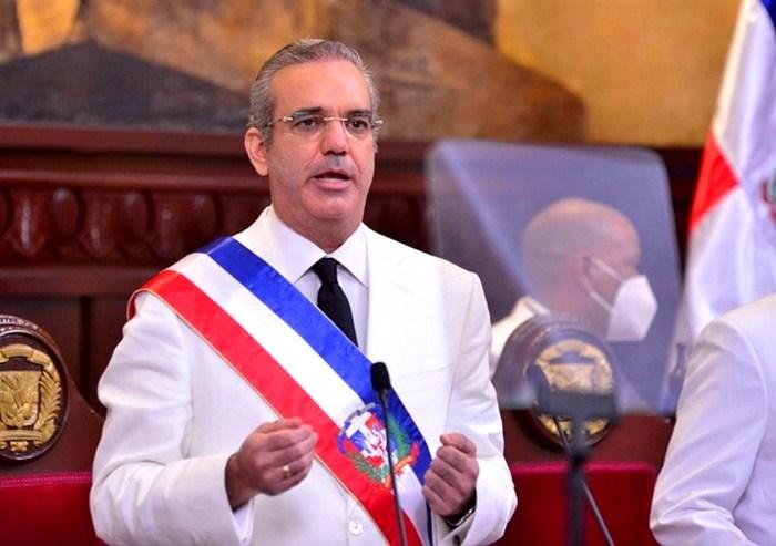 República Dominicana no vacunará contra el COVID-19 a venezolanos sin documentación