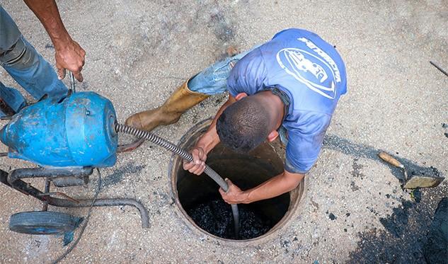Alcaldía de Arismendi inicia operativo de reparación y drenajes de cloacas