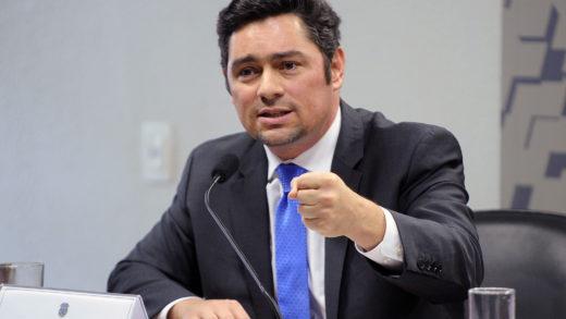 Vecchio denunció que el régimen pretende bloquear vacunas gestionadas por el gobierno interino de Guaidó