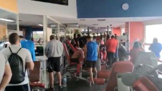 Más de 20 personas fueron detenidas por incumplir la cuarentena en un gimnasio en Maracay