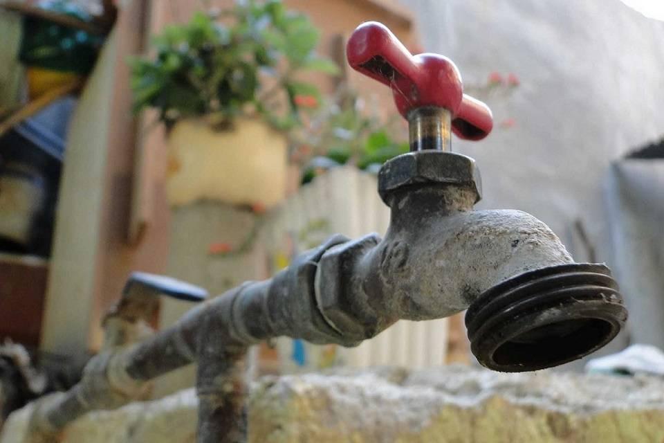 Habitantes de tres comunidades de Tubores llevan un año sin agua
