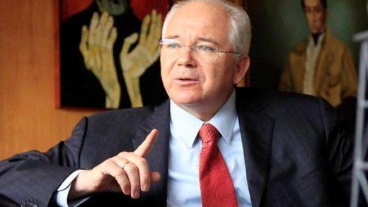 Rafael Ramírez demandará a Jorge Rodríguez por levantar una campaña de odio en su contra