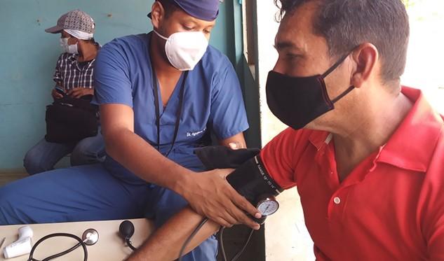 Personal educativo de la isla de Coche fue inmunizado con vacunas Sinopharm