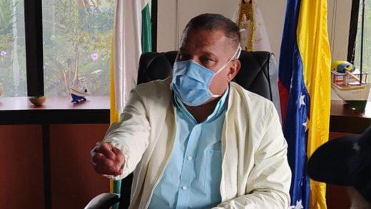 Gobernador de Nueva Esparta exige vacunar personal en primera línea frente a lucha contra el Covid-19
