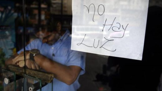 Reportan fallas eléctricas en varias zonas del centro de Caracas este lunes