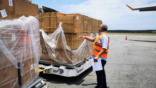 Nuevo cargamento con insumos médicos, equipos y medicamentos de China arriba a Venezuela