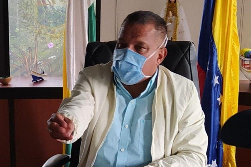 Gobernador Alfredo Díaz instó al Estado a dar solución a los problemas en Coche