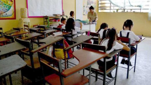 Año escolar en Venezuela terminará con deficiencias para los estudiantes