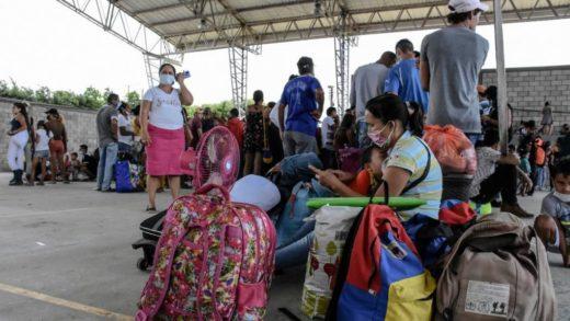 Colombia avalúa mecanismos para que desplazados accedan al Estatus de Protección
