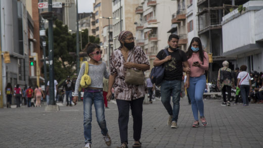 Venezuela reporta 1.115 contagios y 12 fallecidos por COVID-19