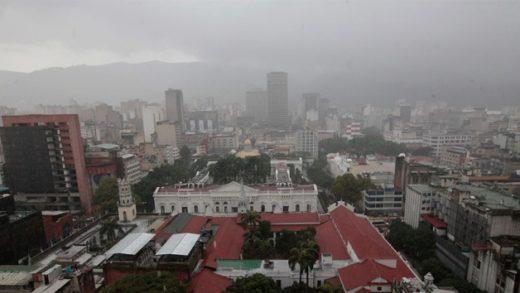 Abundante nubosidad y precipitaciones se prevé para este lunes