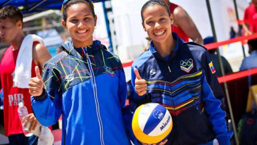 Venezolanas Gabriela Brito y Norisbeth Agudo se coronan campeonas del sudamericano de voleibol de playa