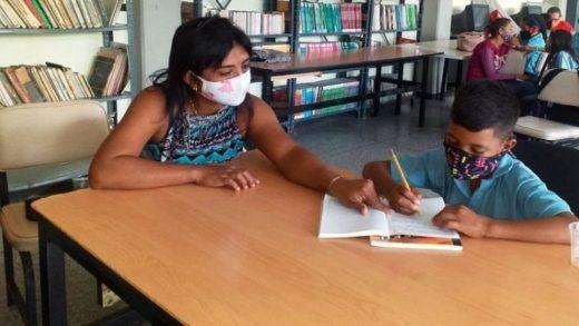 Solo 20% de los estudiantes venezolanos han acudido a las asesorías académicas