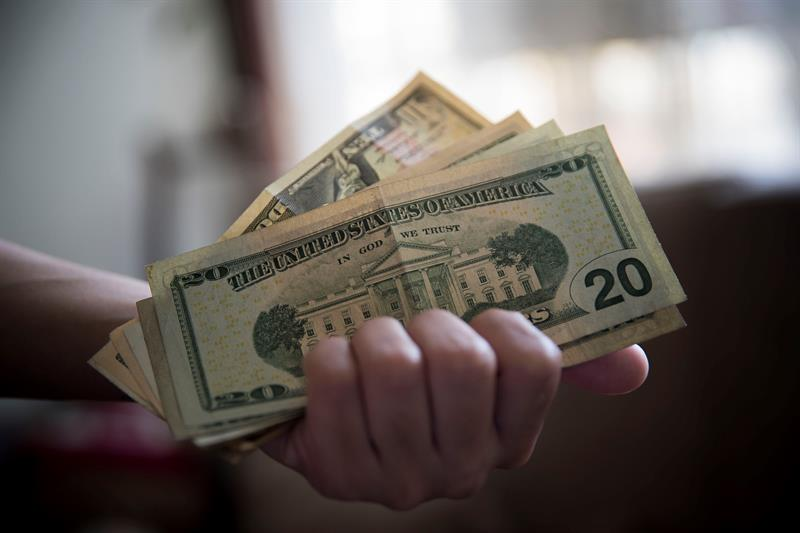 Dólar paralelo se acerca a los 2.900.000 bolívares para la jornada de este #4May