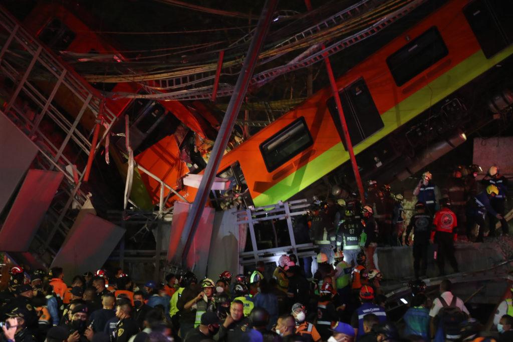 23 muertos y 65 heridos dejó desplome de un metro en Ciudad de México