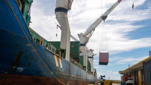 Arriban a Nueva Esparta buque cargado con 245 mil combos CLAP