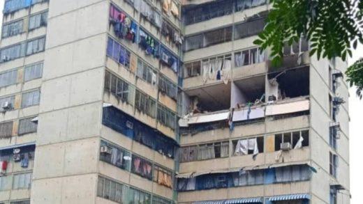 Reportan explosión por presunta fuga de gas doméstico en un edificio de Ocumare del Tuy (+Fotos)
