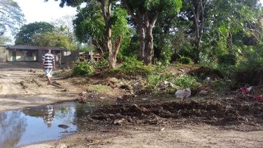 Vecinos de El Piñonate piden a la Alcaldía de Díaz limpieza de la quebrada