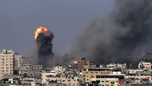 Reportan más de 50 de fallecidos en Gaza tras bombardeo de Israel