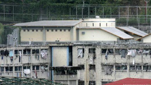 Denuncian que varios presos políticos fueron trasladados hacia Yare II, Rodeo II y III
