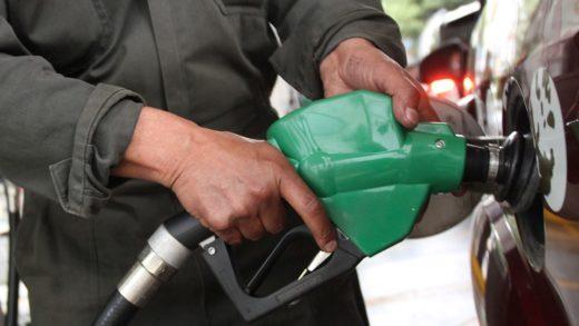 Aseguran que cadena de WhatsApp sobre aumento de gasolina es falsa