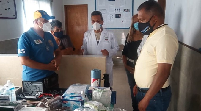 Gobernador de Nueva Esparta dota de insumos médicos el ambulatorio de El Yaque