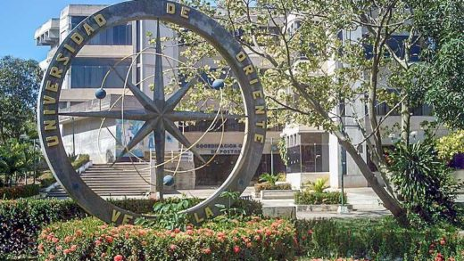 Udone impondrá medallas a 107 graduados universitarios en Nueva Esparta
