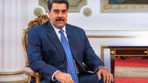 """Maduro dio plazo de 60 días a la """"comisión especial"""" para solucionar el hacinamiento en los centros de detención"""