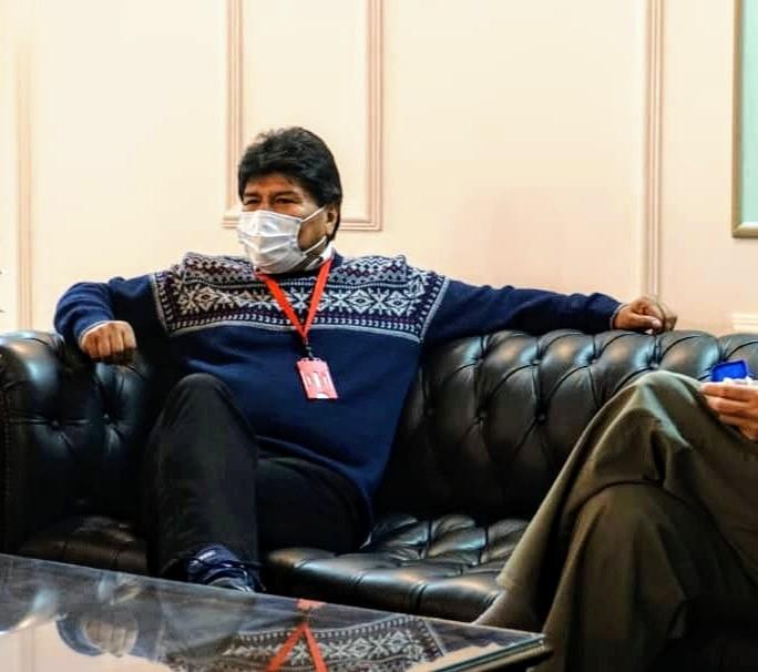 Evo Morales arribó a Venezuela para participar en el Congreso Bicentenario de los Pueblos