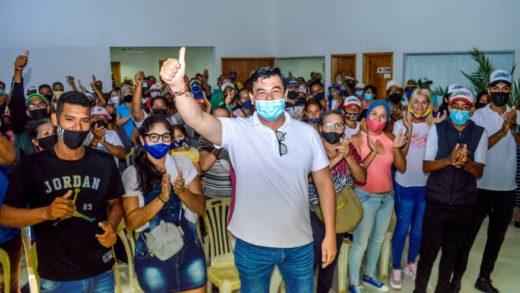 """MAS da espaldarazo a la candidatura de """"el Chino"""" González en Mariño"""