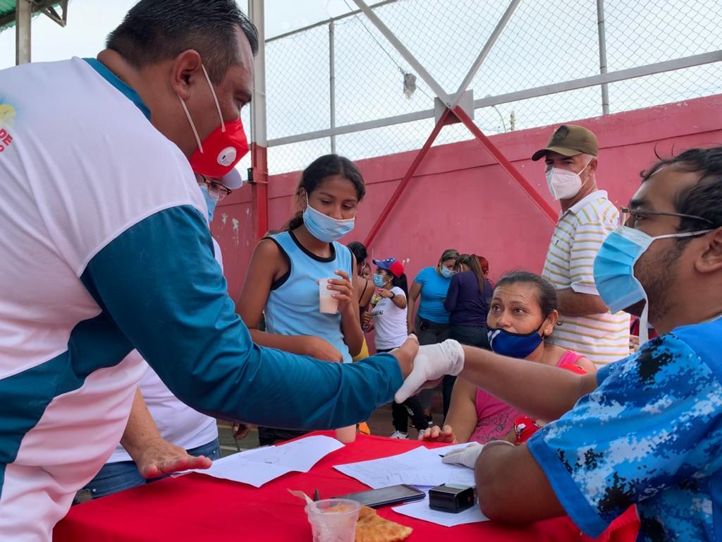 Más de 1.200 personas en Los Cocos fueron atendidas con jornada de atención integral