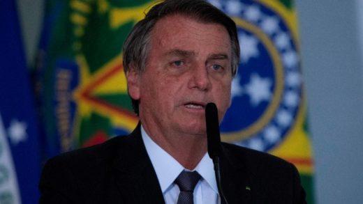 Bolsonaro sale del hospital tras cuatro días ingresado por obstrucción intestinal