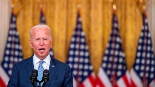 Biden discute formas de acelerar las evacuaciones de Afganistán
