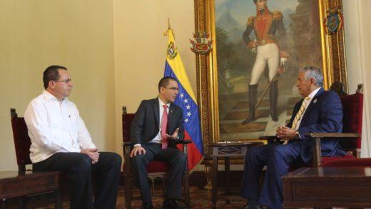 Arreaza se reunió con el presidente del Ceela para coordinar observación de elecciones
