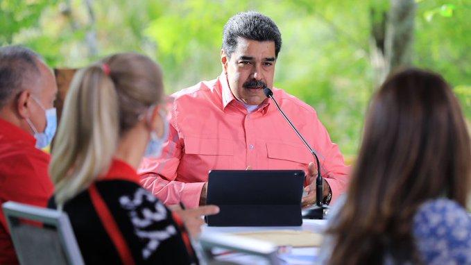 """Maduro afirma que delincuentes van a Colombia porque """"allá los reciben con los brazos abiertos"""""""