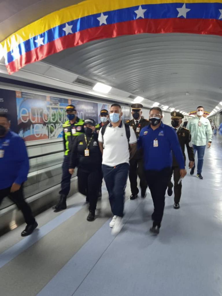 Detienen al líder de la megabanda zuliana los Meleán en Maiquetía