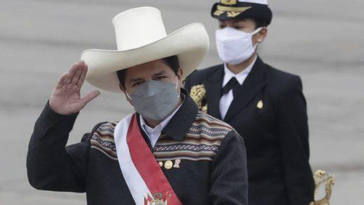Oposición peruana exigió a Pedro Castillo cambiar ministros para aprobar investidura a su Gobierno