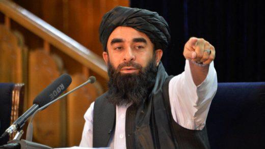 Talibanes prohíben a afganos ir al aeropuerto en medio de las evacuaciones