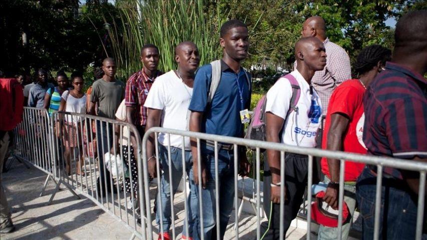 Más de 8.000 inmigrantes están retenidos en un campamento en el sur de Texas