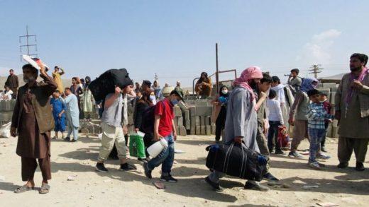 ONU: 97% de la población de Afganistán puede caer en pobreza si no se aplican medidas urgentes