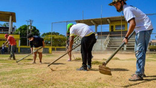 """Programa """"Mariño Verde"""" recupera el estadio de Macho Muerto"""