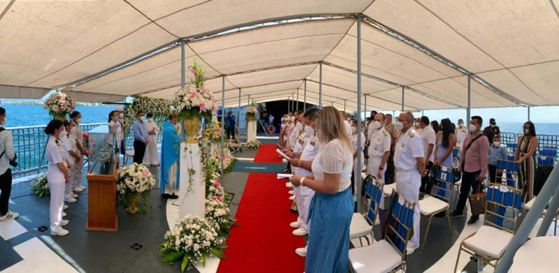 Alcalde Francisco González acompaña a la Armada Bolivariana en celebración de la Virgen del Valle