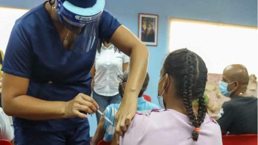 40% de la población neoespartana fue vacunada, informó Dante Rivas